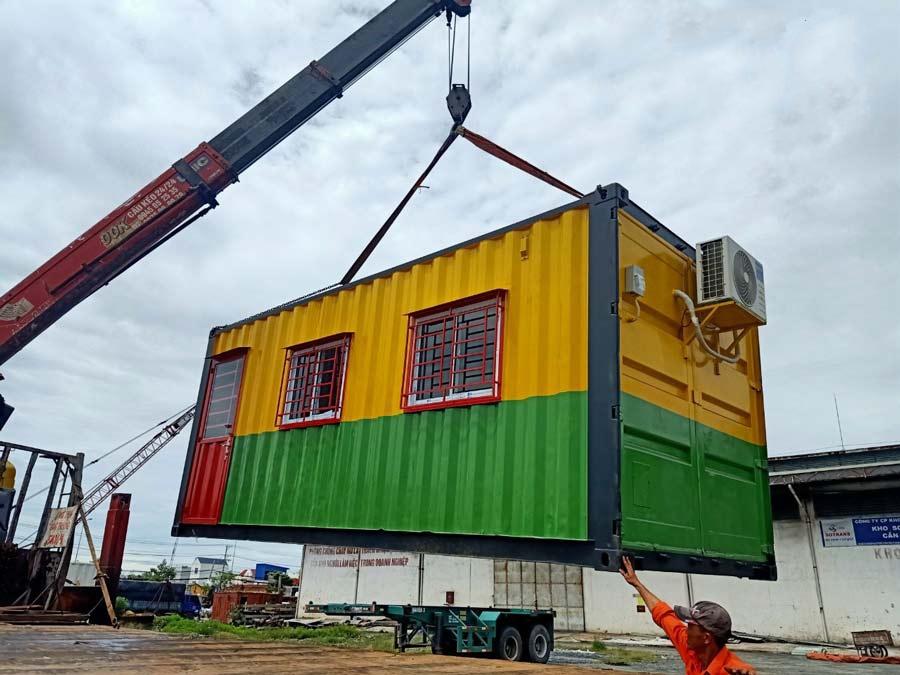 Cách sử dụng sơn phủ cho Container
